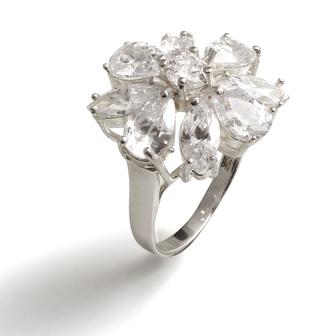 bijou de créateur en émail little woman paris bague blanc fleur