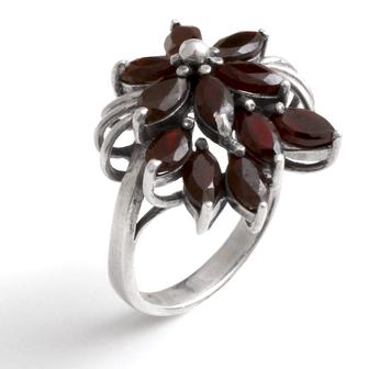 bijou de créateur en émail little woman paris fleur noire