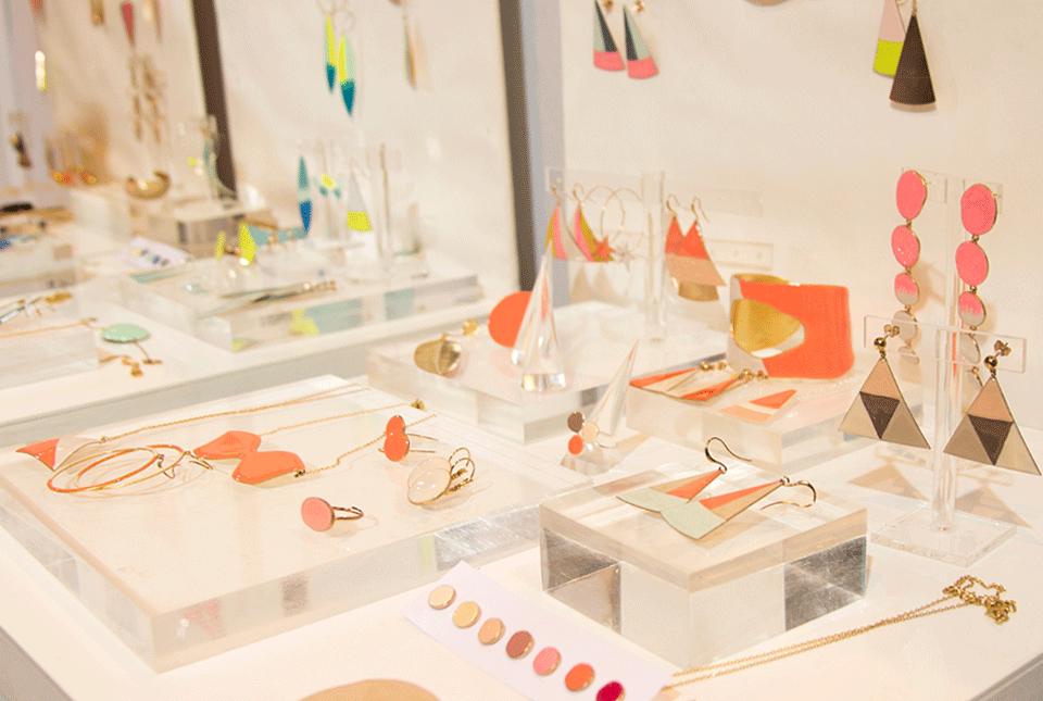Vente privee bijoux createur email little woman paris large