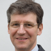 Mr Bruce Richard Consultant Plastic and Reconstructive Surgeon