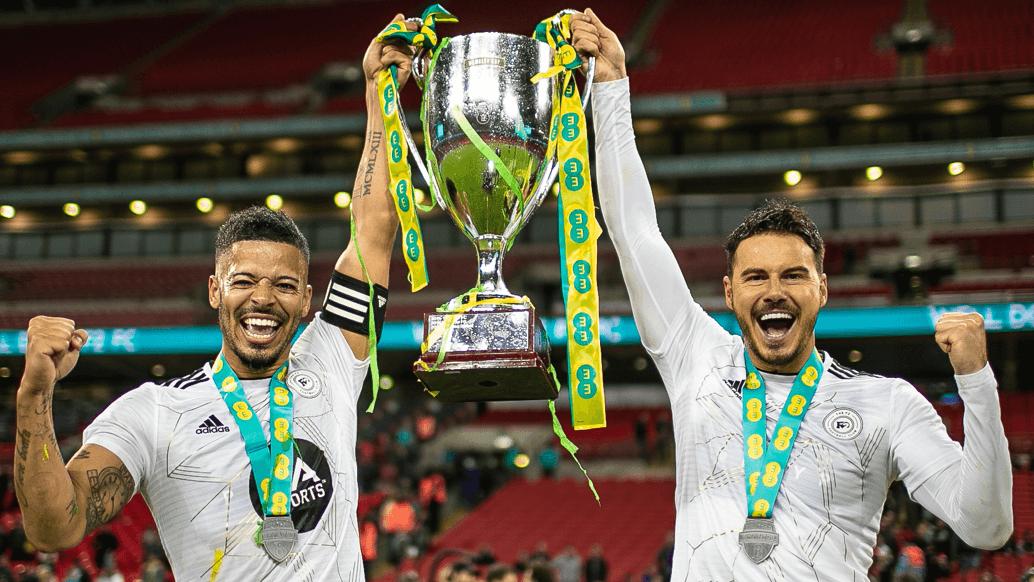 EE Wembley Cup Winners - F2 FC