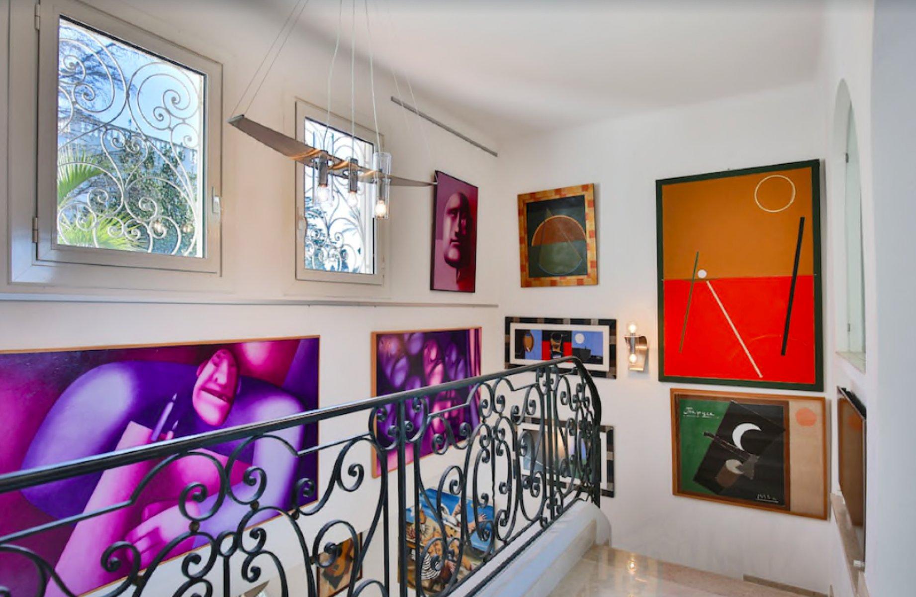 Stunning modern villa in Cap d'Antibes for long term rent