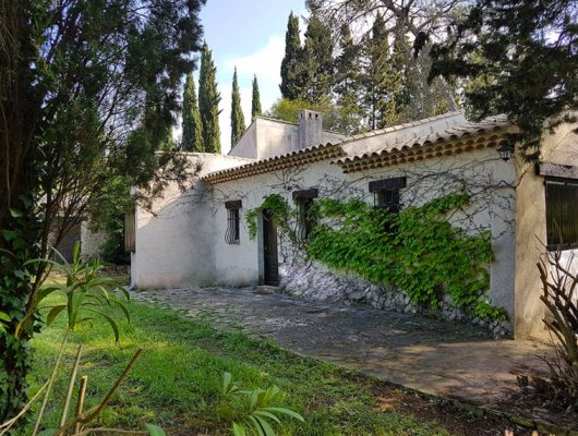 Beautiful provençal house in Mougins for long term rent