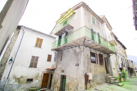 Haus zu verkaufen in Annot 1703357