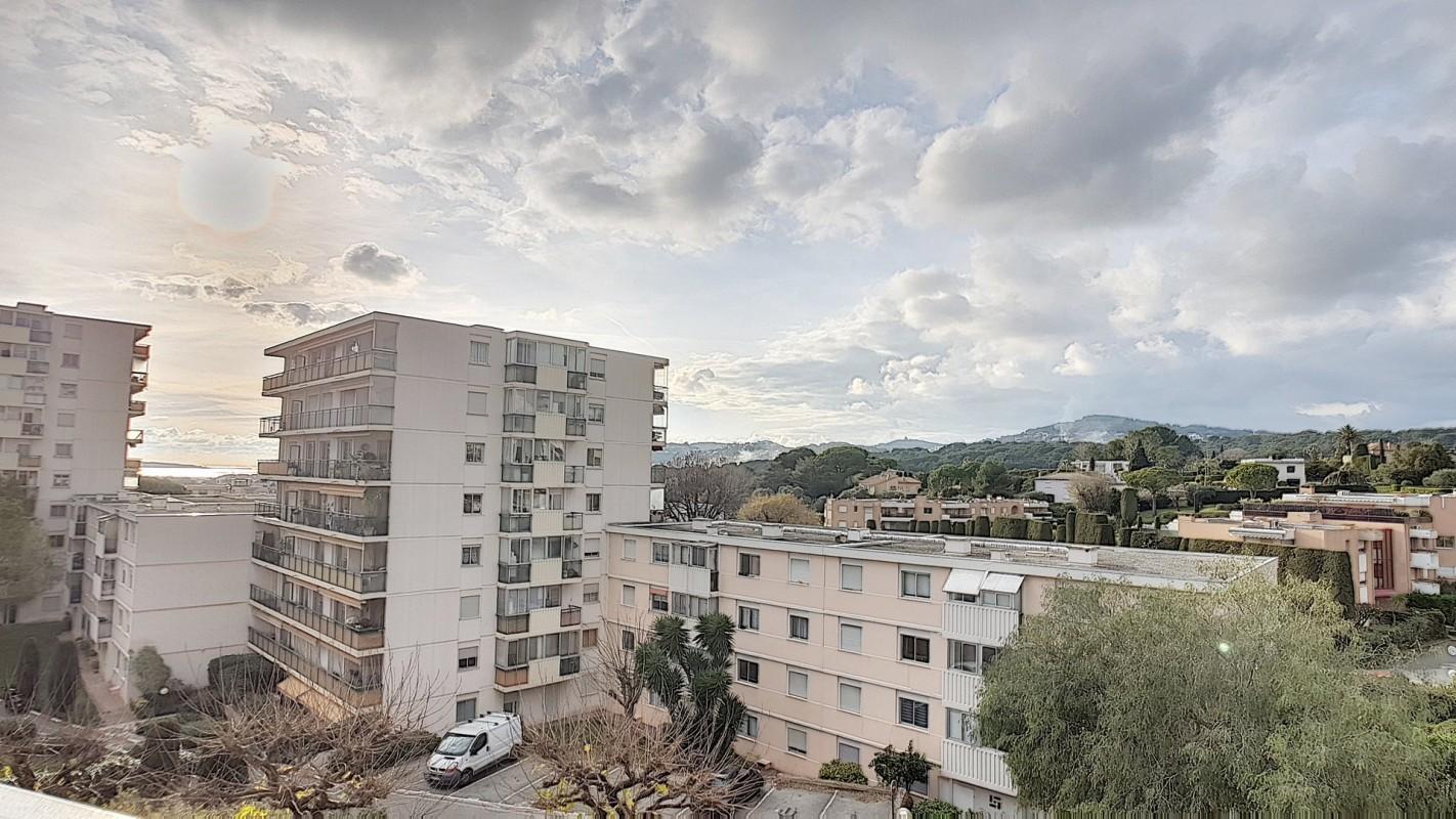 Antibes'de 76m² satılık muhteşem Daire - Antibes'de, Fransa'da'daki en güzel satılık villa ve daire ilanları burada. Emlak listemizden size en uygun ilanı seçip Antibes'de'deki emlak ofisiyle iletişime geçin. 295000 EUR 28.1.2020 1703604