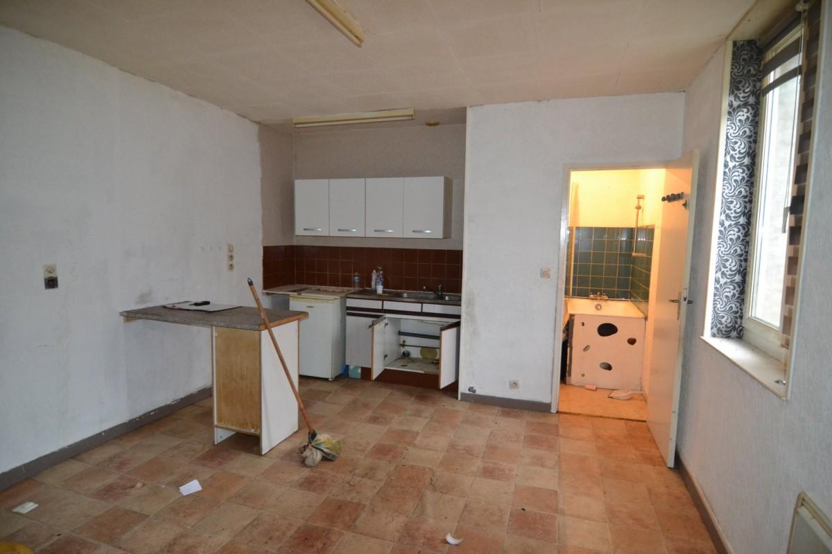Сграда Продажба на имоти във LE CATEAU CAMBRESIS, Франция. 28.1.2020 Имоти за продан. 1703741 220000 EUR.