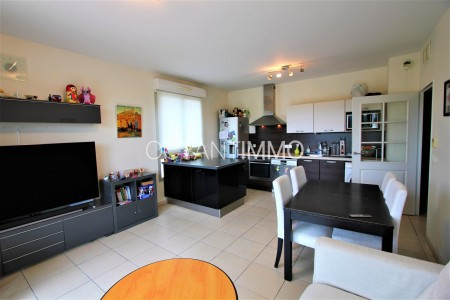 Apartment for Sale in Biot 1704173