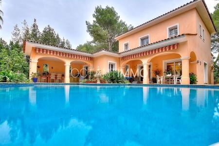 Maison 240m² à vendre à Biot - Alpes-Maritimes 1704179
