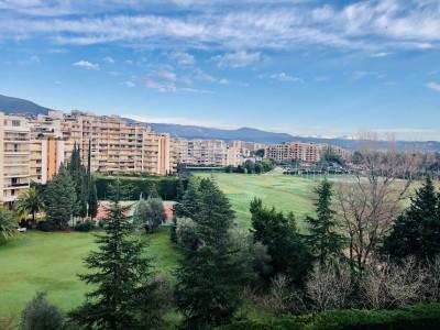 Apartment for Sale in Mandelieu-la-Napoule 1704334