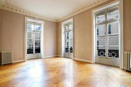 دفع الممتلكات في بيتكوين - شقة للإيجارالشهري في باريس 1704443
