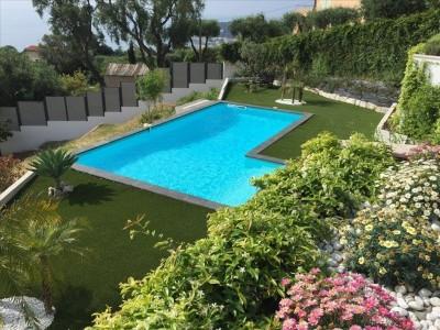 Продаётся дом 240m² - Ментонe 1704570