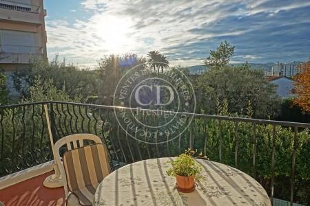 Villa te koop in Juan-les-Pins Cote d'Azur - Zuid Frankrijk 1704681