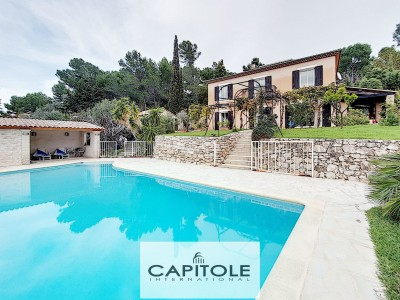 Villa for Sale in Antibes 1705251