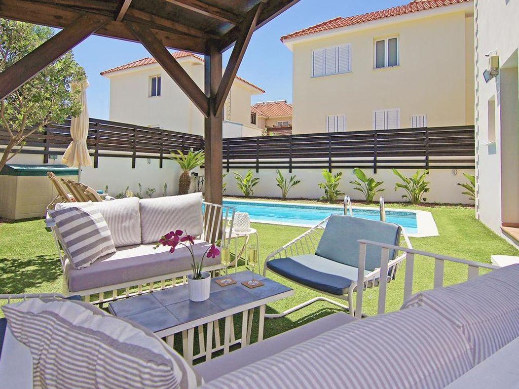 賽普勒斯Pernera最適合您的度假住宅。在賽普勒斯Pernera 的度假住宅。尋找在賽普勒斯Pernera的度假住宅。位於賽普勒斯Pernera的熱門住宅。夢想房為您在全球找到理想的度假公寓、度假屋及別墅。