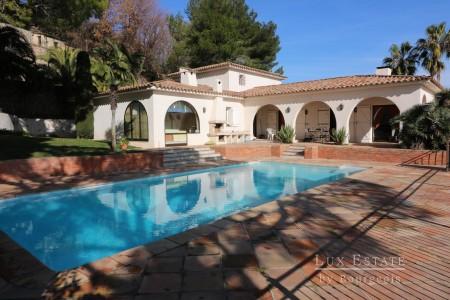 Villa 300m² à vendre à Mougins 1705877