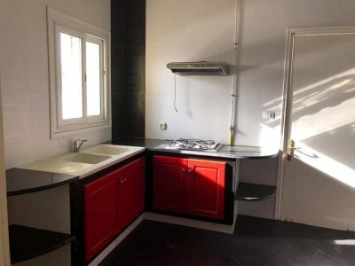 Дългосрочен Наем Апартамент в Cité aéroport 1706142