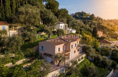Продаётся дом 200m² - Ментонe 1706263