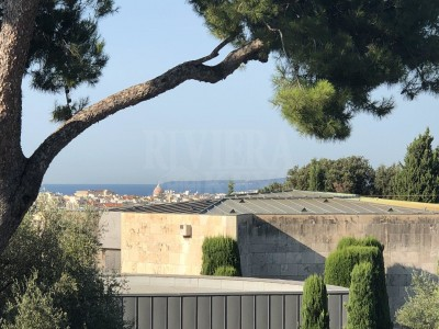 Apartment for Sale in Nice 1706330