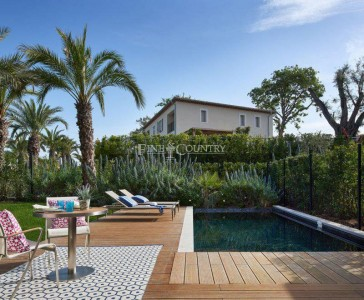 Apartment for Sale in Cap d'Antibes 1706397