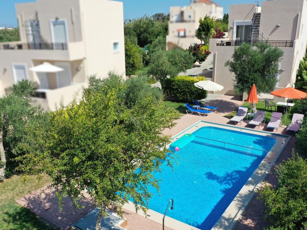 Ferienwohnung, Ferienhaus mieten in Kolimbari. Villa unter der Sonne. Finden Sie den perfekten Ort für Ihren Urlaub in Kolimbari Kreta - möbliert 100m² schwimmbad, spülmaschine, parkplatz, terrasse, garten, meerblick
