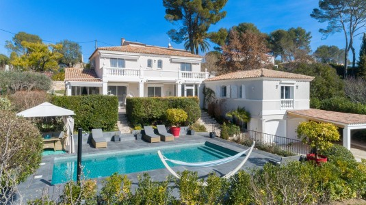 For rent villa in Mougins 1706761