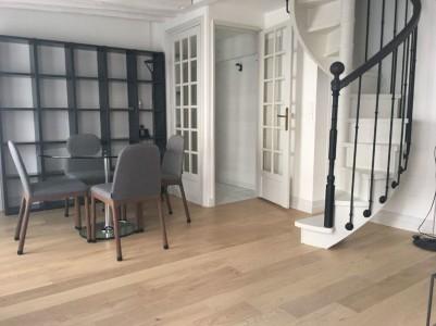 Appartement 50m² à louer à Paris 1706819