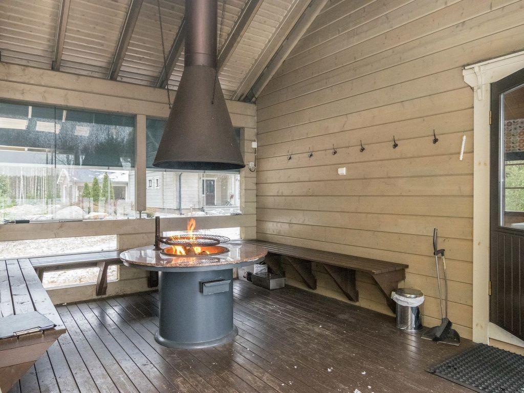 Ferienwohnung, Ferienhaus mieten in Pertunmaa. Wohnung unter der Sonne. Finden Sie den perfekten Ort für Ihren Urlaub in Pertunmaa Etelä Savo - möbliert 5-Zimmer 183m² kamin/feuerstelle, spülmaschine, parkplatz