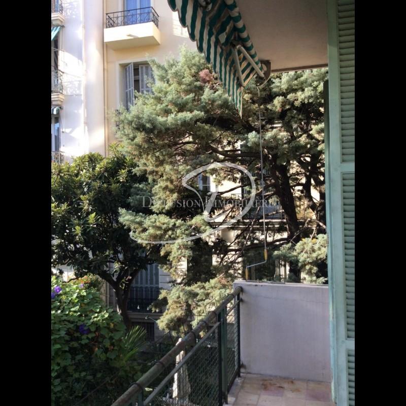 Locations meublées en longue durée et locations au mois à Nice Alpes-Maritimes Appartement 3 pièces 63m² 1 Salle de bains orientation est, orientation sud à louer à Nice Alpes-Maritimes. France. Location au mois à Nice France 924 EUR 4.3.2020, 1707025