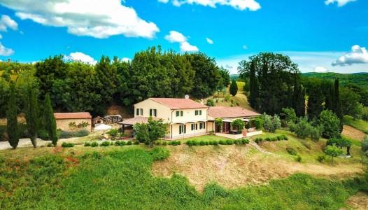 دفع الممتلكات في بيتكوين - مزرعة تجارية للبيع في ايطاليا Riparbella 1707323