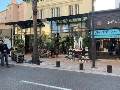 Long Term rent Commercial estate in Antibes 1707369