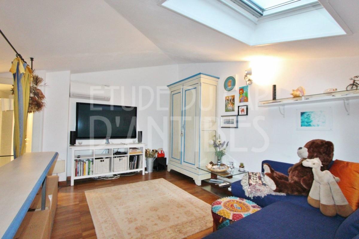Appartamento in affitto per le vacanze a Cap d'Antibes in Francia Appartamento vacanze di 55m² in affitto con finestre a doppio vetro, aria condizionata, terrazza, orientamento sud, orientamento ovest e 2 vani Affittasi per le vacanze Appartamento a Cap d'Antibes in Francia 5.3.2020, 1707460, 3900 EUR