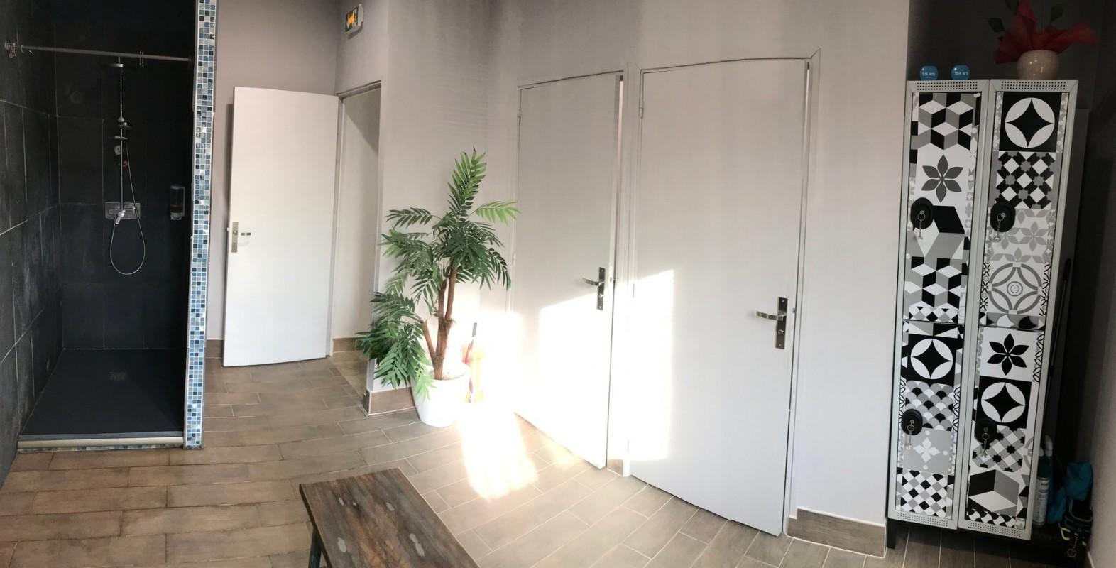 للبيع 105m² مكتب في فرنسا- فينلس- قائمة عقارات للبيع في فرنسا فينلس - لايف ان ريفييرا توفر جميع انواع العقارات 5.3.2020 29000 EUR 1707468 دفع الممتلكات في بيتكوين