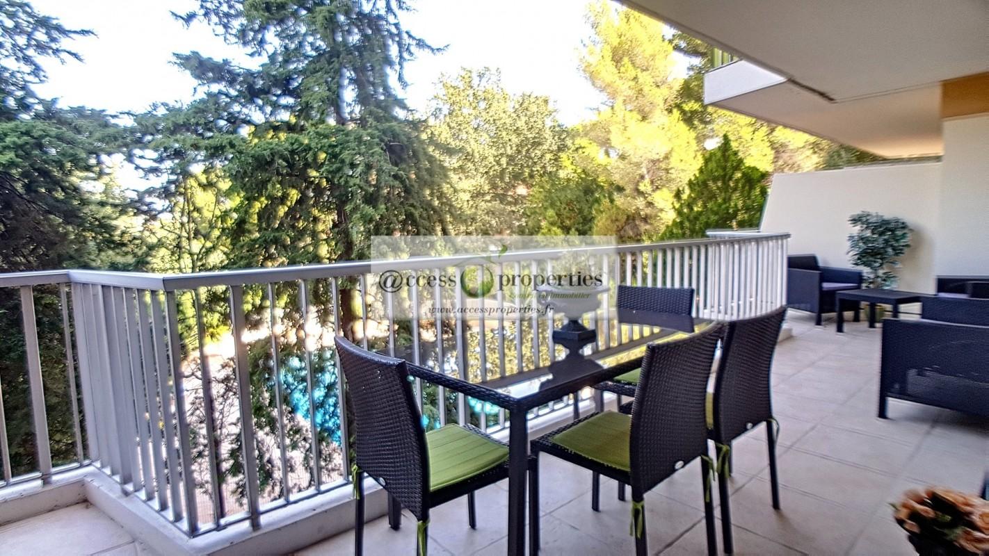 Appartamento in affitto per le vacanze a Antibes in Francia Appartamento vacanze di 55m² in affitto con piscina, arredato, terrazza, orientamento sud e 2 vani Affittasi per le vacanze Appartamento a Antibes in Francia 5.3.2020, 1707647, 850 EUR