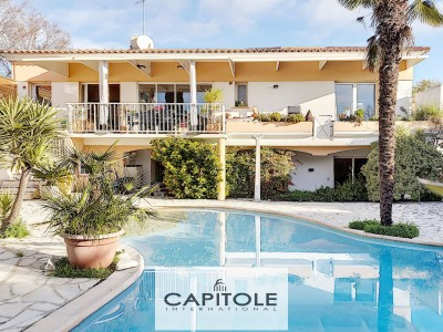 Villa for Sale in Antibes 1707715
