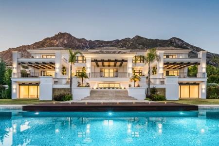 Vendesi Villa a Marbella 1707751