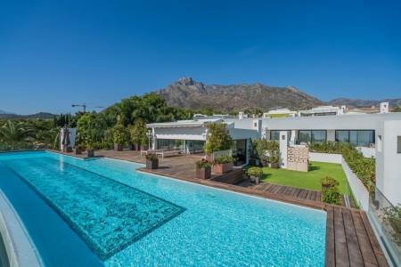 Vendesi Villa a Marbella 1707753