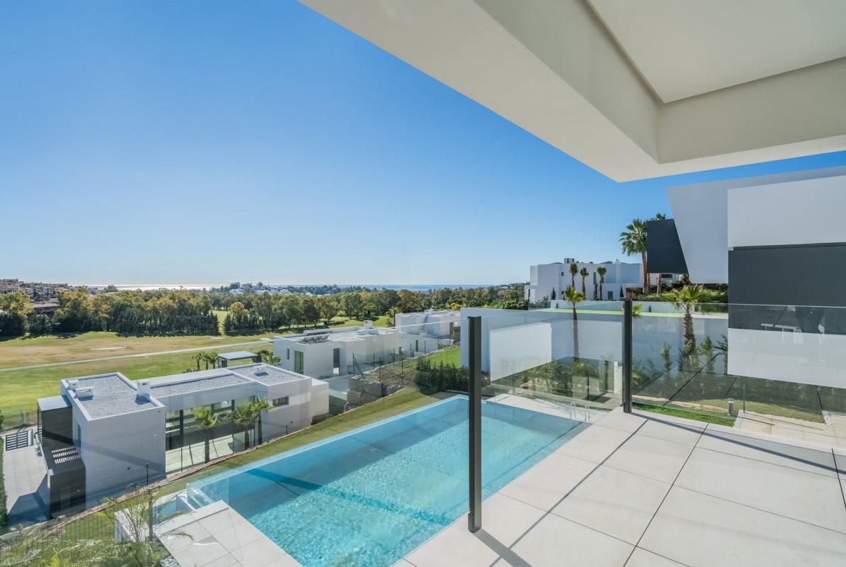 Prodej a koupě nemovitostí v Benahavís Costa del Sol. Prodej vily 510m² dvojitá okna, klimatizace, bazén v Benahavís Costa del Sol - Španělsko - Prodej vily a dalších nemovitostí v Costa del Sol - Španělsko, 2590000 EUR 6.3.2020 1707760