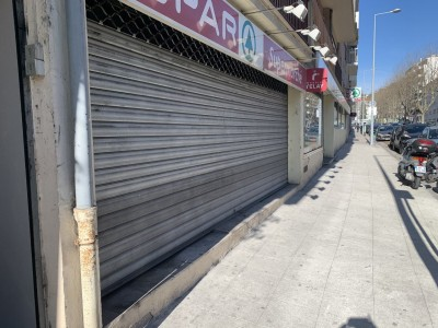 Local commercial 350m² à louer à Nice 1707815