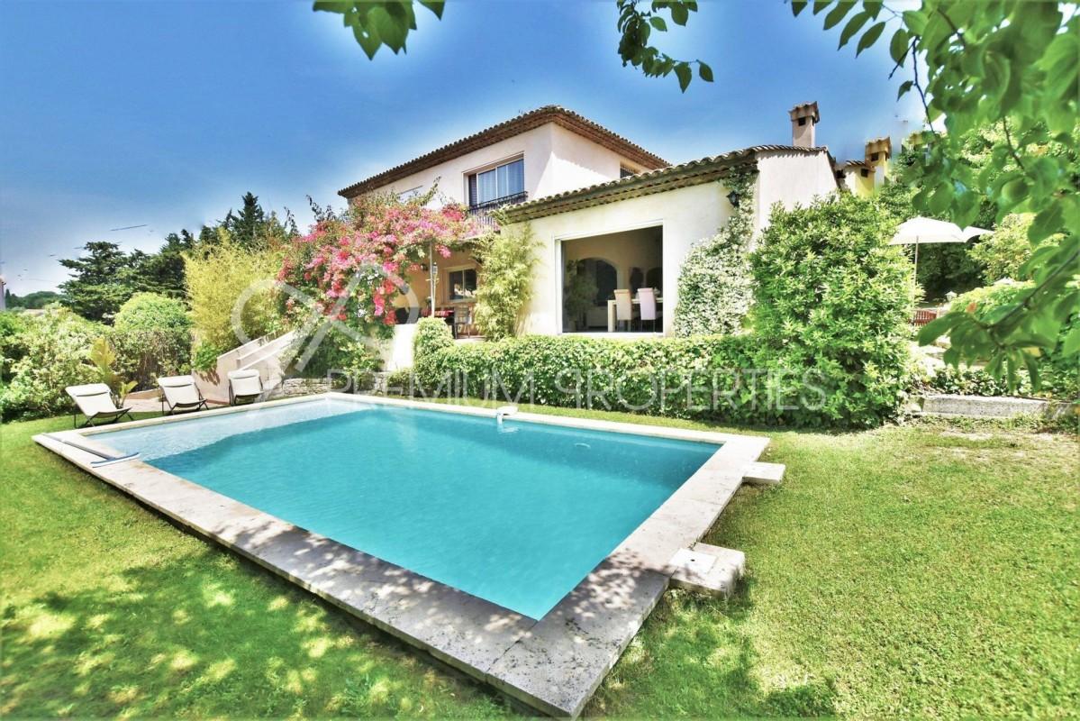 Kaufen Sie Ihre Traum-Immobilie in Le Cannet Frankreich Alpes Maritimes. Bezahlung in Bitcoin Ƀ möglich. Haus 260m² doppelglasfenster, kamin/feuerstelle, schwimmbad, terrasse, west-ausrichtung 1250000 EUR 10.3.2020 1707938 Der Traum vom Eigenheim.