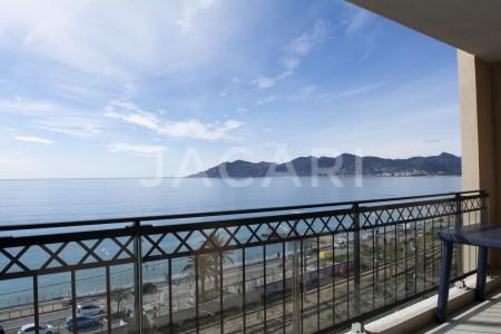 Apartment for Sale in Cannes la Bocca 1707998