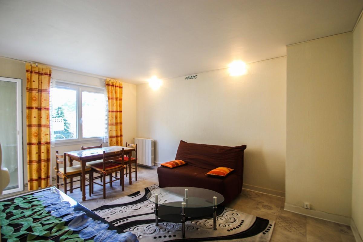 Nica: Stan za najam. stan 1 spavaća soba prozori sa dvostrukim oknima, namješteno, zapadna orijentacija.. Iznajmljuje se u grade Nica, Francuska, Alpes Maritimes 13.3.2020 Cijena nekretnine: 669 EUR 1708067. Stan u najam.