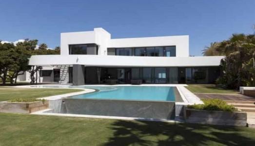 Villa for Sale in Marbella 1708085