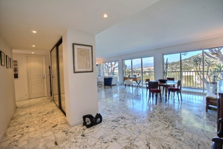 Apartment for Sale in Cannes 1708106