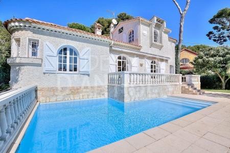 Villa 190m² à vendre à Cap d'Antibes 1708136