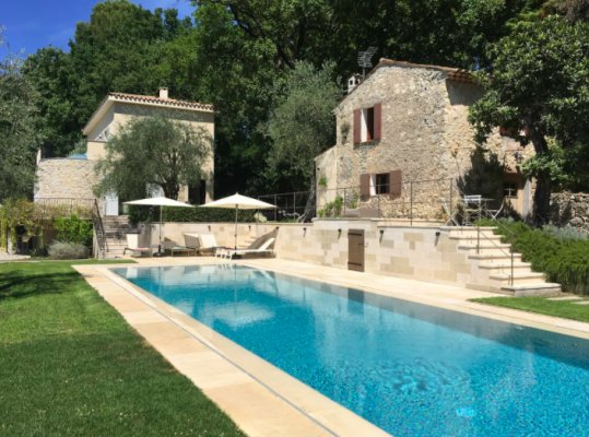 Stylish villa in Mougins, French Riviera for rent