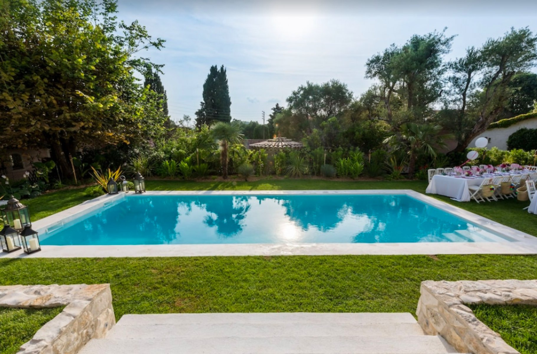 Luxurious Art Deco villa in Cap d'Antibes for rent