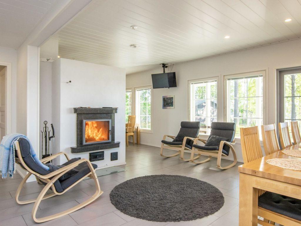 Pronájem bytů, domů a vil v Pertunmaa Finsko. Pronájem bytu 6+1 236m² krb, myčka, parkoviště v Pertunmaa Finsko. Prázdninové pronájmy - bytu v Finsko Etelä Savo Pertunmaa. Levné ubytování v Pertunmaa Etelä Savo ve Finsko.