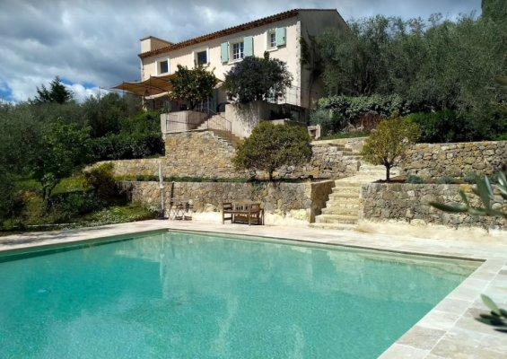 Charming bastide near Valbonne village for rent