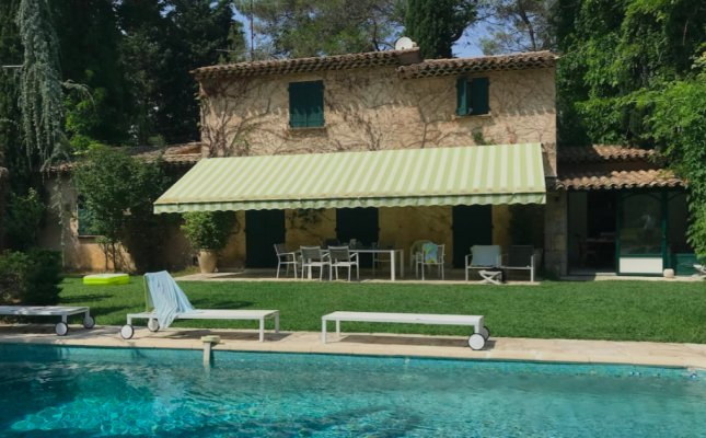 Provencal Mas for rent in Mougins