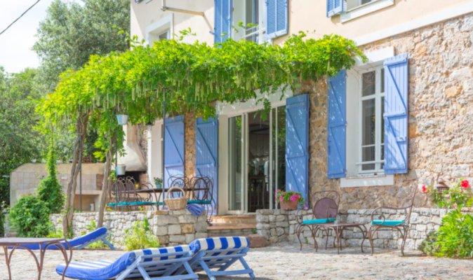 دفع الممتلكات في بيتكوين - فيلا مفروشة للإيجارالشهري في لا روكويت سور سياجن 1710843
